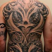 noir_gris_ensemble_festival_tatouage