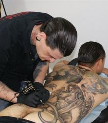 alex_menton_art_tattoo_tattoo_studio_meilleur_tatoueur_festival_tatouage_chaudes_aigues_chaudesaigues_cantal
