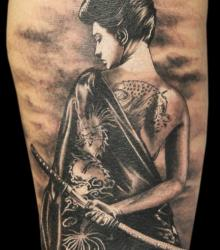 jem_animalize_meilleur_tatoueur_marseille_convention_tatouage_france_cantal_ink