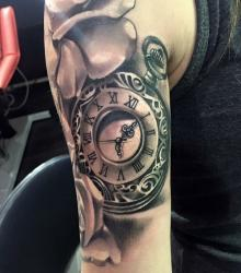 yannick_lemitre_meilleur_tatoueur_montelimar_convention_tatouage_france