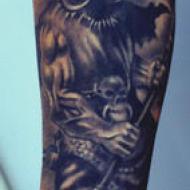 Alex_menton_art_tattoo_tattoo_studio__meilleur_tatoueur_festival_tatouage_chaudes_aigues_chaudesaigues_cantal_