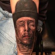 Robert_hernandez_madrid_graphicaderme_tattoo_studio__meilleur_tatoueur_festival_tatouage_chaudes_aigues_chaudesaigues_cantal_
