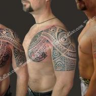 Julien_montpellier_te_mana_tattoo_studio__meilleur_tatoueur_festival_tatouage_chaudes_aigues_chaudesaigues_cantal_