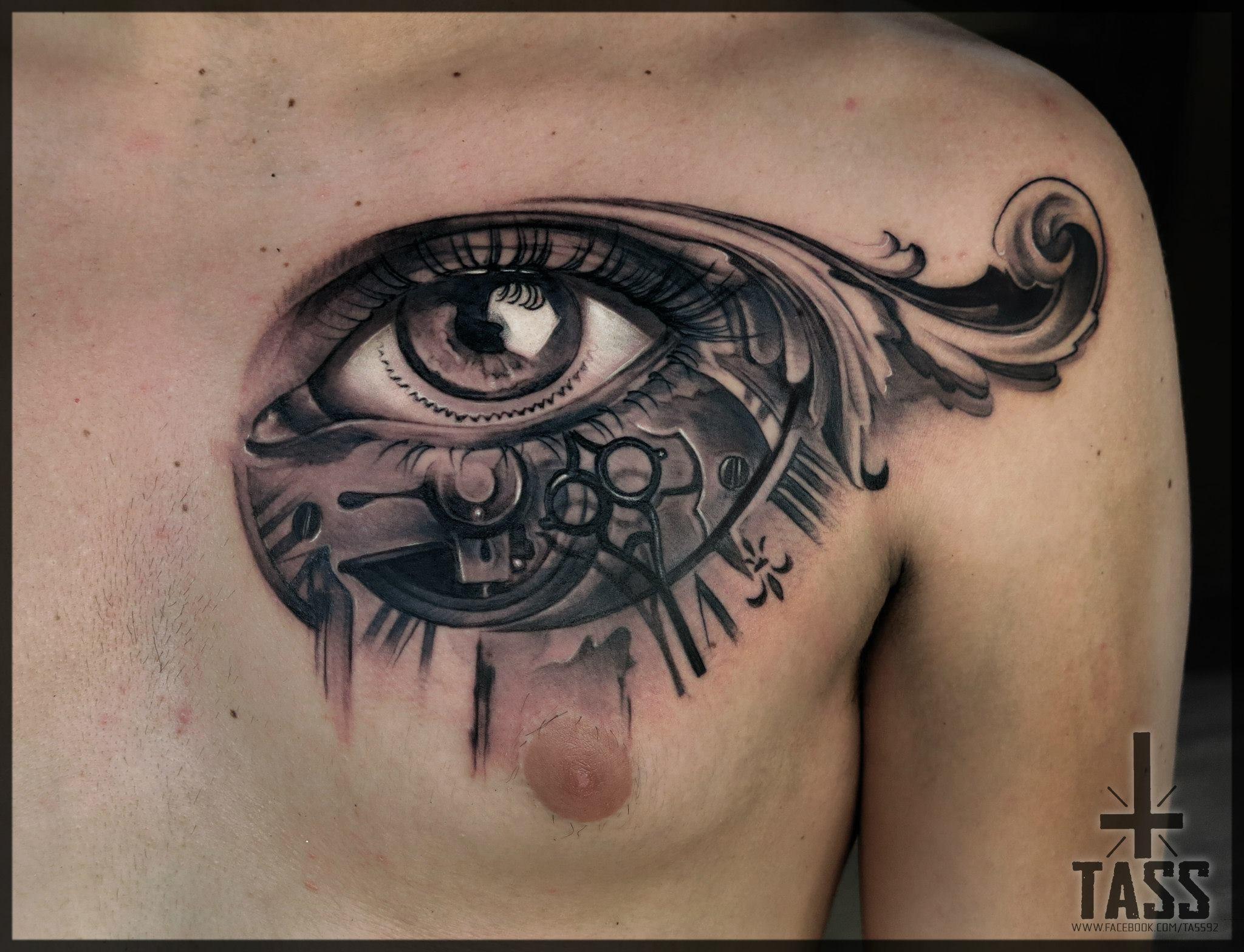 Tass au cantal in k the skin actualit s festival du tatouage - Oeil d horus tatouage ...